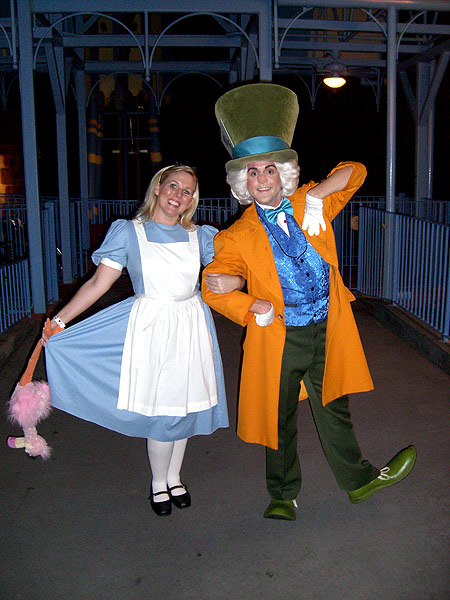 alice in wonderland mad hatter costumes cartoon disneyland map